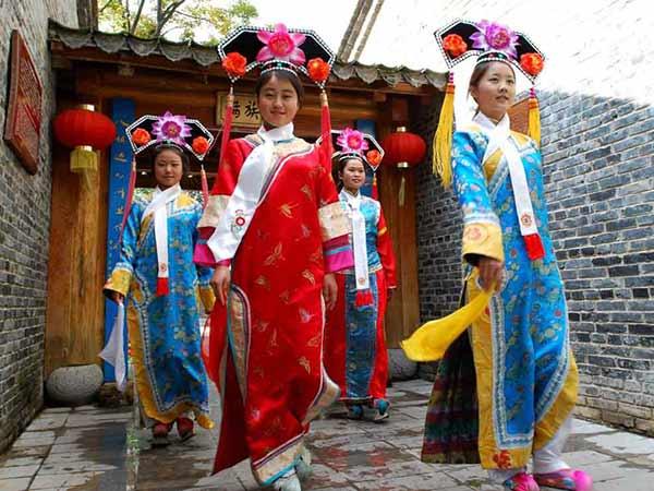 etnia manchu