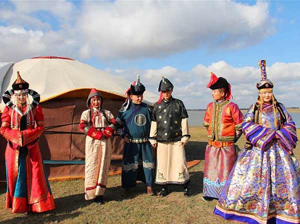 etnia mongol
