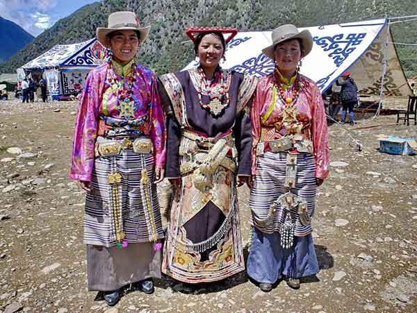 etnia tibetana