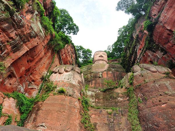 Leshan-Giant-Buddha-4