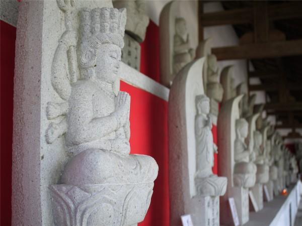 templo-de-baoguo-01