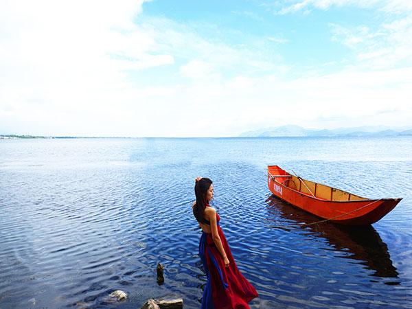 https://www.viajedechina.com/pic/city/dali/attractions/Erhai-Lake-8.jpg