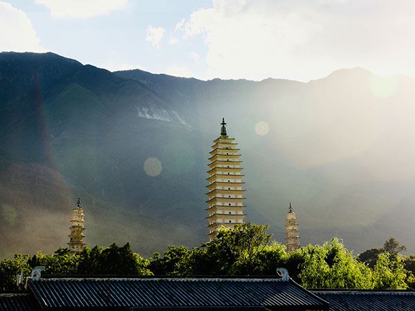 Las Tres Pagodas
