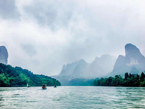 https://www.viajedechina.com/pic/city/guilin/attractions/Li-River-1.jpg