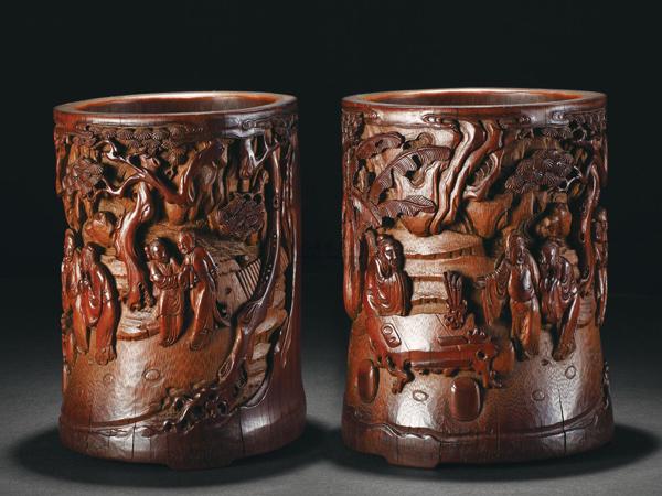 Las tallas de madera y bambú