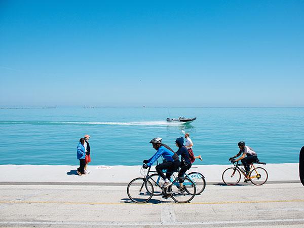 ir en bicicleta por lado oeste