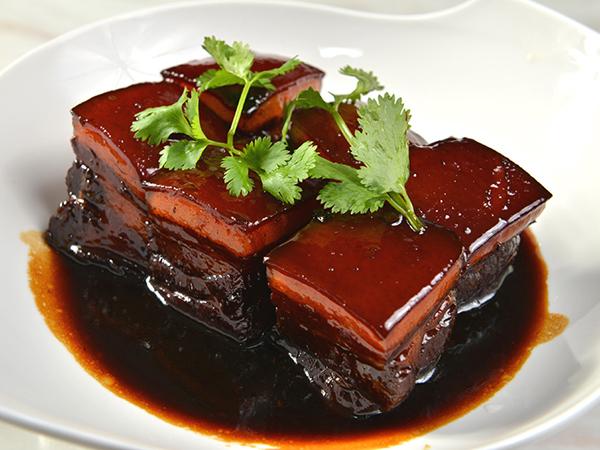 Carne de cercado de Dongpo