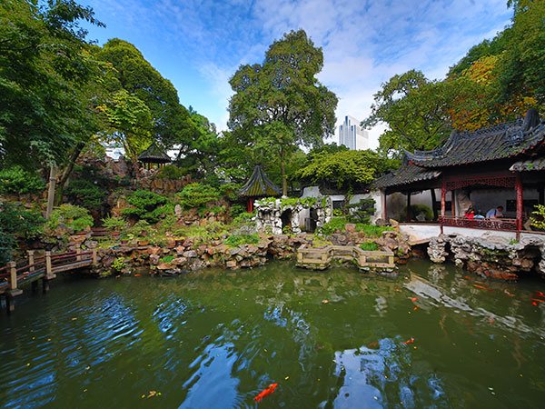 https://www.viajedechina.com/pic/city/shanghai/attractions/Yuyuan-Garden-3.jpg