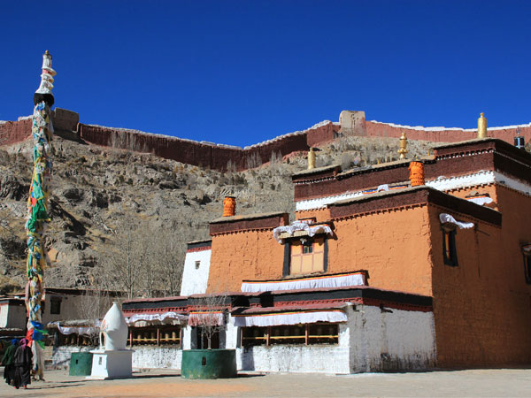https://www.viajedechina.com/pic/city/tibet/shigatse/attractions/Palkhor-Monastery-5.jpg