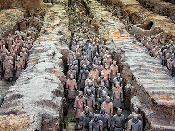 https://www.viajedechina.com/pic/city/xian/attractions/Qin-Terracotta-Army-4.jpg