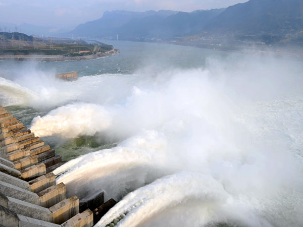 https://www.viajedechina.com/pic/city/yangtze-river/attractions/three-gorges-dam-12.jpg